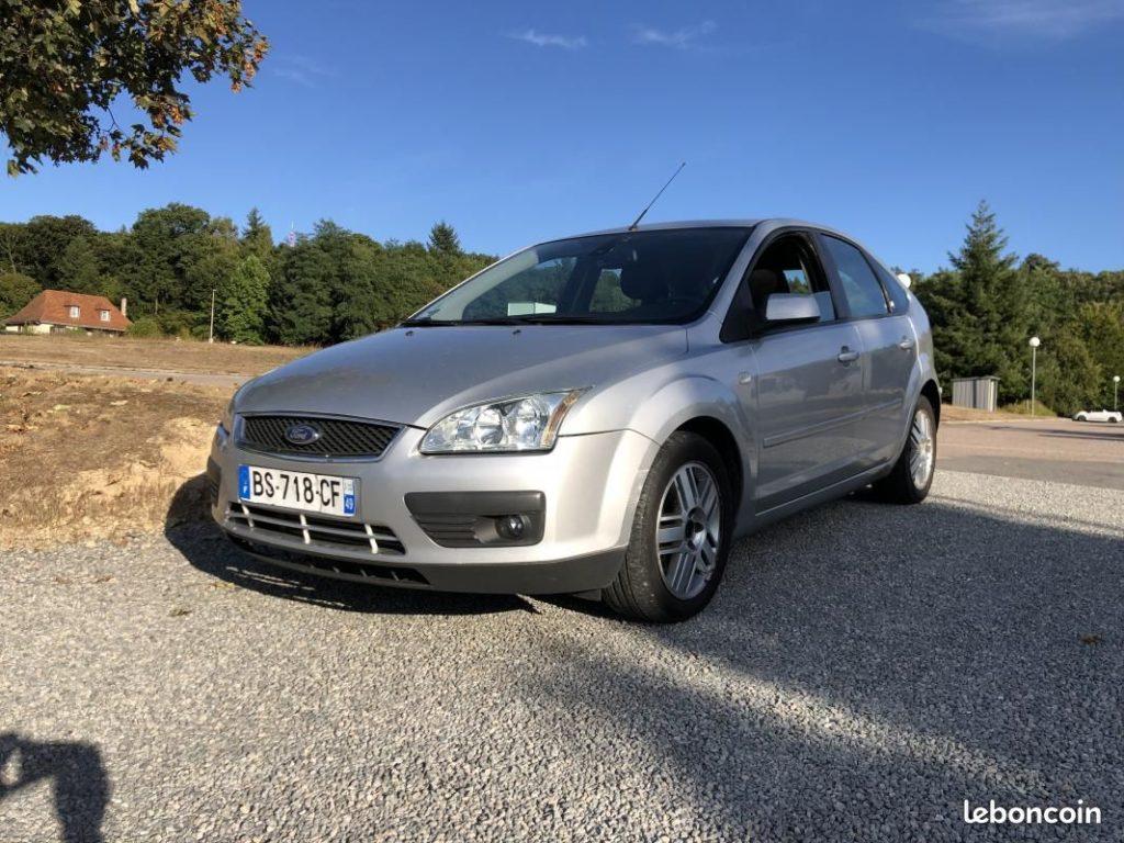 Ford Focus II 1.8 TDCi 115cv / 2990€