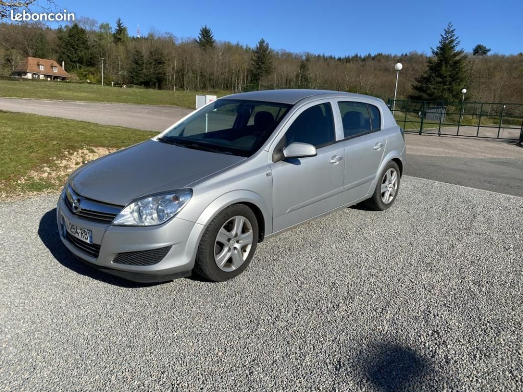Opel Astra H GTC 1.7 CDTI 110cv / 4990€