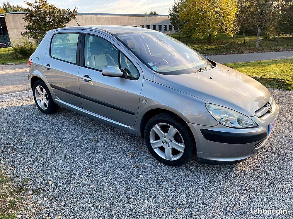 Peugeot 307 BOITE AUTOMATIQUE 1.6 16V 109cv / 4490€