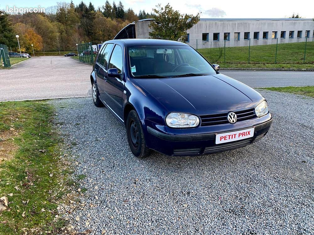 Volkswagen Golf IV 1.4 16V 75cv  / 2490€