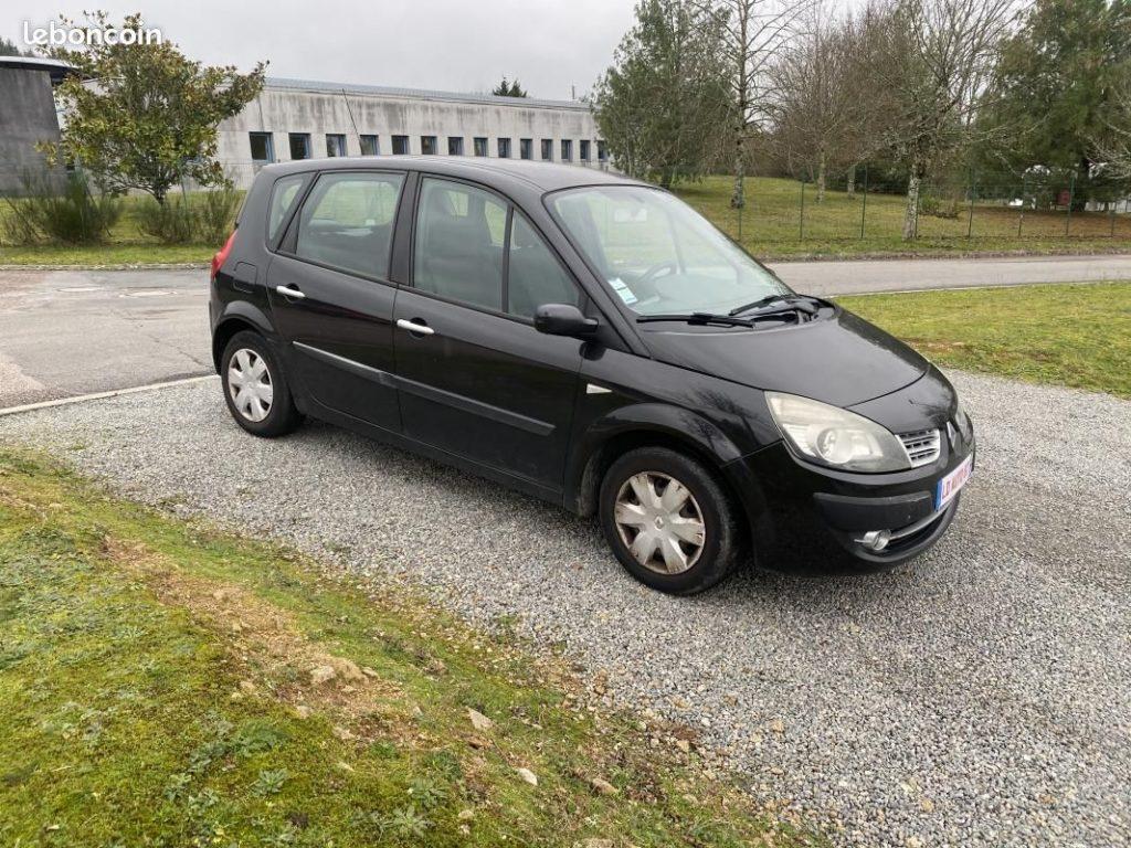 Renault Scénic II 1.5 dCi 105  / 2990€