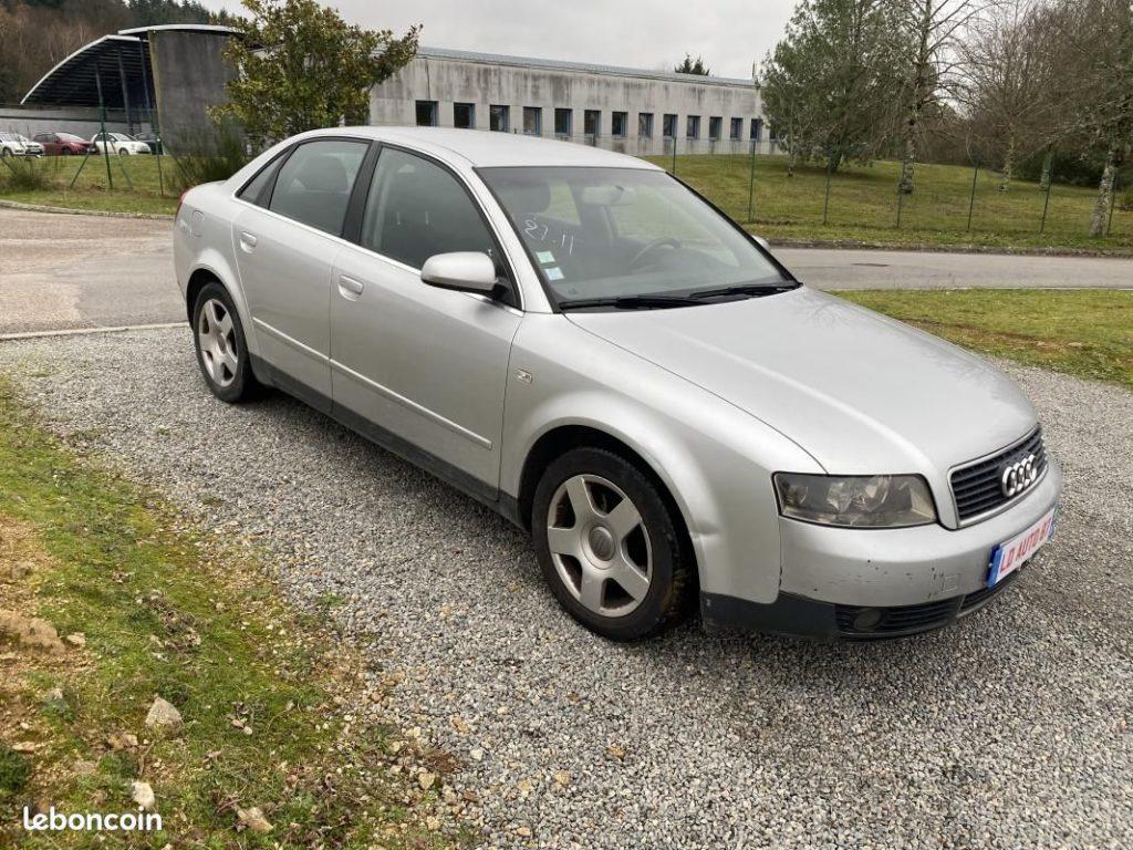 Audi A4 1.9 TDI 130cv boite AUTO / 3490€