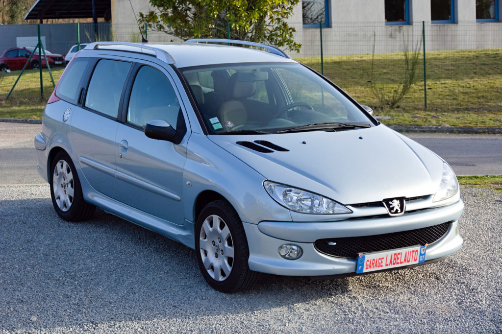 Peugeot 206 SW 2.0L HDi 90CH Style / 2990€