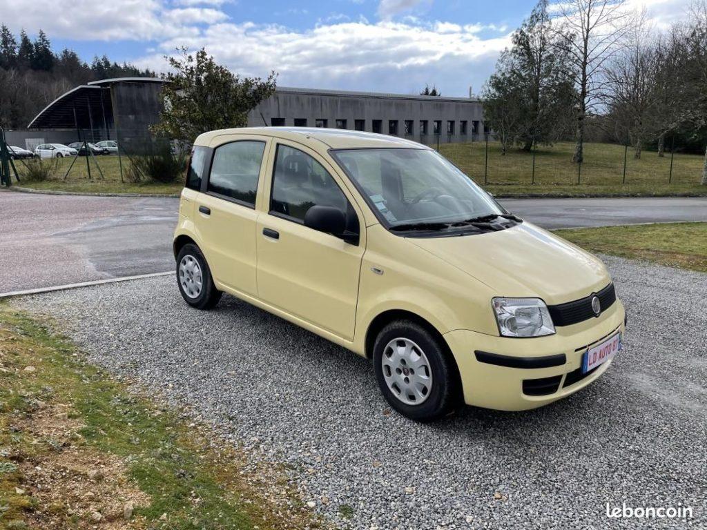 Fiat Panda 1.2 70cv  / 2 990 €