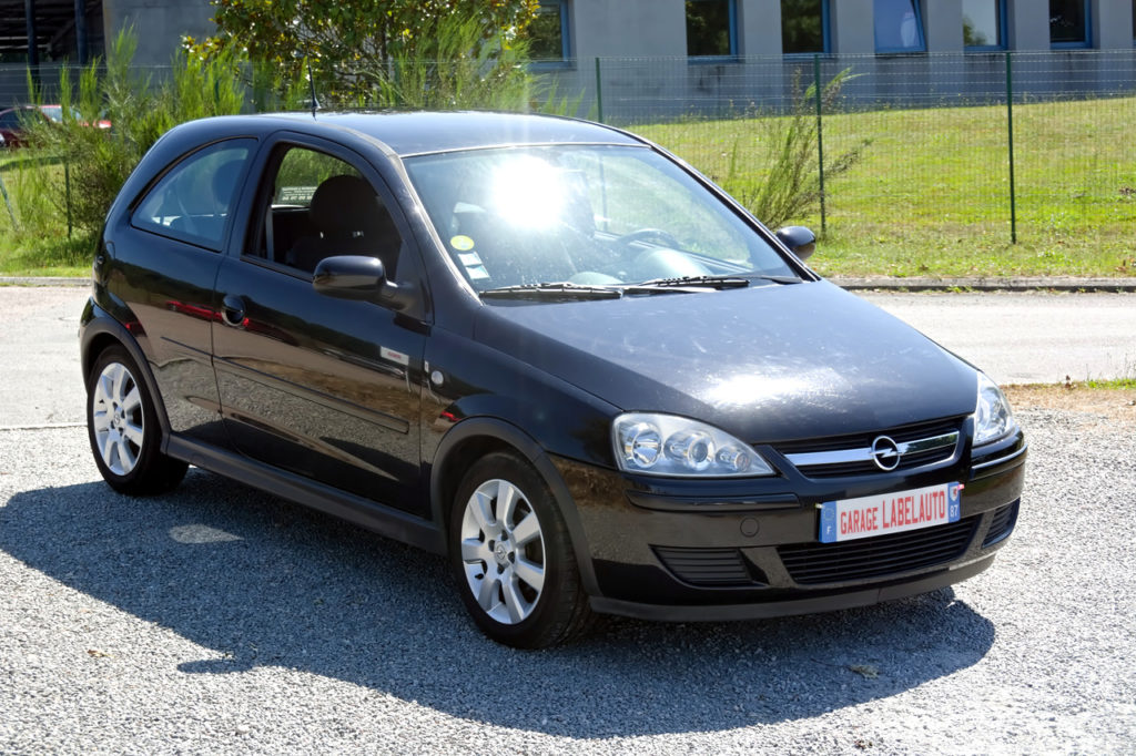 Opel Corsa Edition 1.2L 80CH / 2 490€