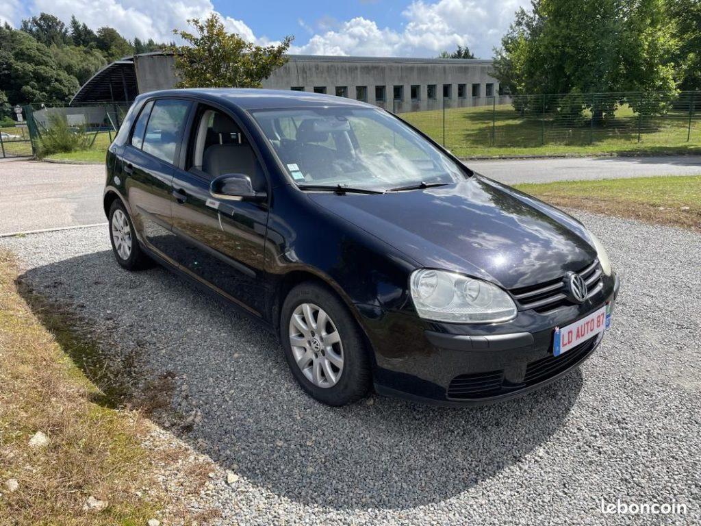 Volkswagen Golf V 1.9 TDI 105cv / 4990€